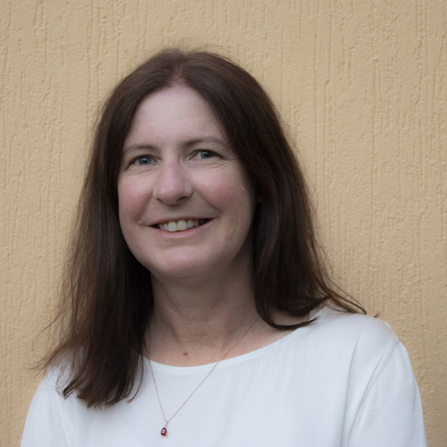 Photo of Debra Bernhardt